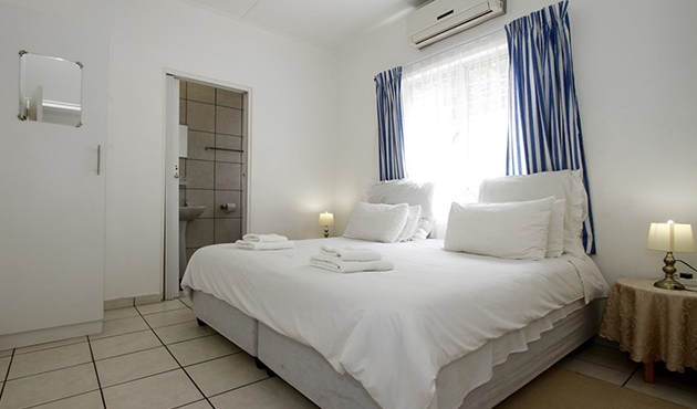 Clinch Self Catering Accommodation in Durban North, Clinch Self Catering Accommodation in Durban, Clinch Self Catering Durban North, durban self catering, accommodation in durban north, self catering in durban, durban self catering accommodation, durban north accommodation, accommodation in durban north self catering